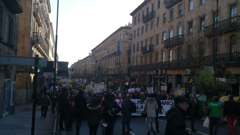 Inicio de la manifestación en la Gran Vía.