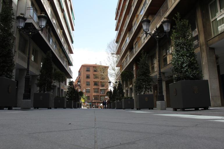 Las tribunas de la calle Ganivet se empezarán a instalar durante la quinta semana de Cuaresma, vísperas de la Semana Santa