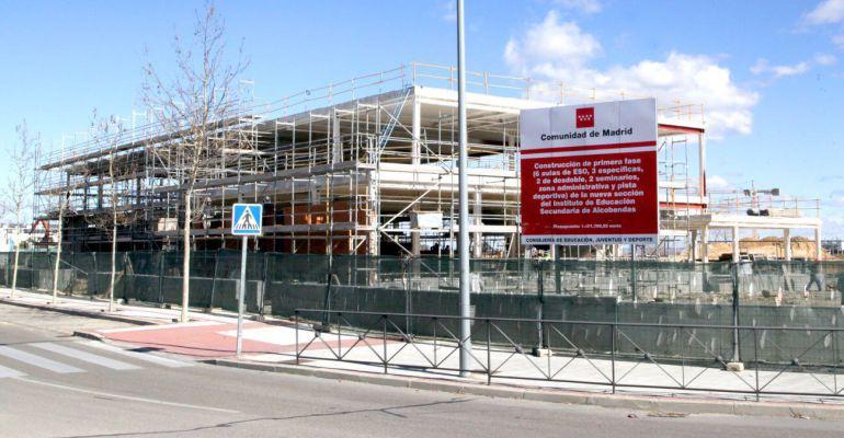 Obras de construcción del nuevo instituto en Alcobendas