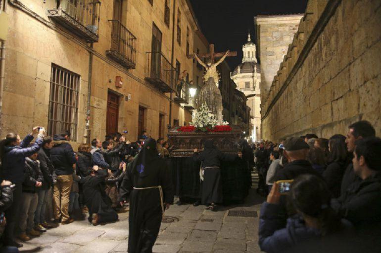 Imagen de una procesión de Salamanca.