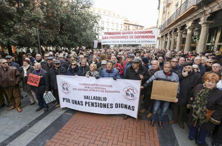 Pensionistas y trabajadores convocan una gran manifestación el 17 en Valladolid