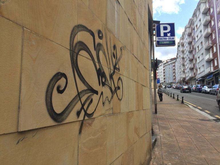 Pintada en la calle Juan Guisasola de Eibar