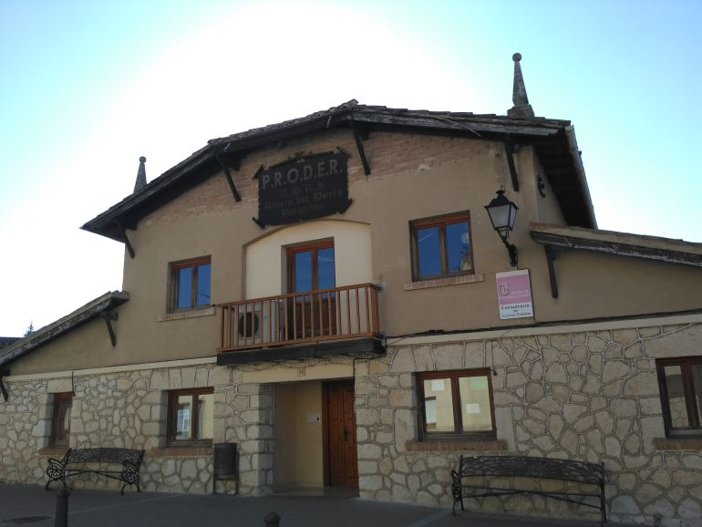 Fachada de la sede de la ADRI Ribera del Duero burgalesa en Peñaranda de Duero