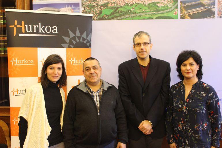 Responsables de Hurkoa y el área de Bienestar Social del Ayuntamiento de Irun.