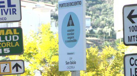 Estas son las señales que se han instalado a lo largo de los itinerarios de acceso al CEIP San Isicio