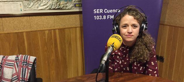 Gracia Canales en el estudio de SER Cuenca.