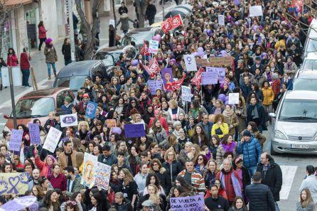 Más de 2.000 personas se han unido a la manifestación