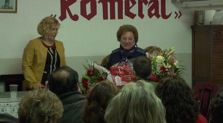 Manuela una mujer luchadora de Chilluevar ha sido homenajeada por la asociacion de mujeres Romeral