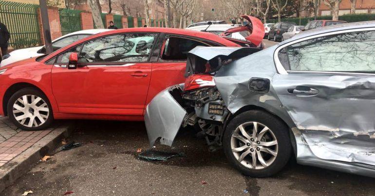 Los daños materiales en los vehículos afectados han sido importantes