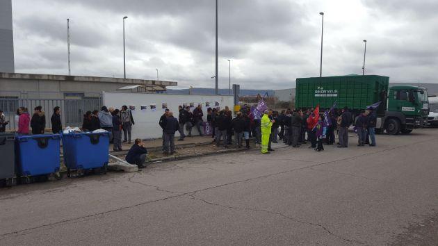 Protesta en la empresa Ofsa Farmavenix.