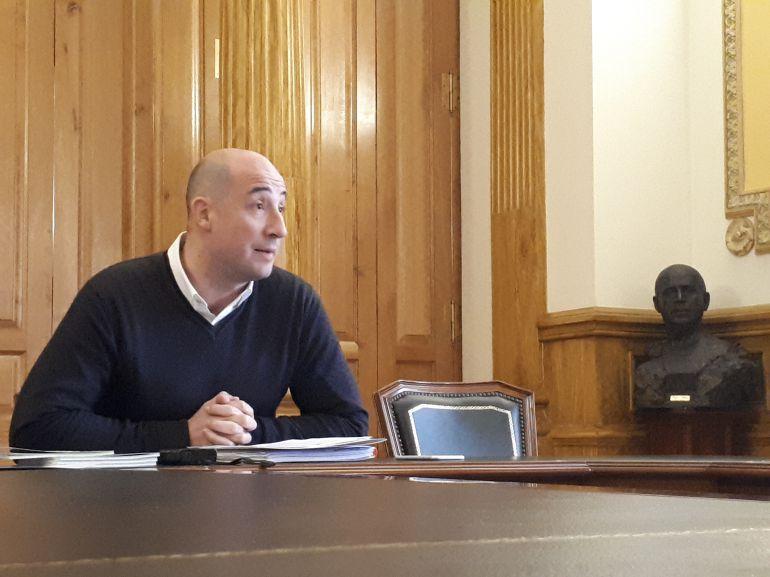 Jon Iraola es el Secretario General de los Socialistas Eibarrreses