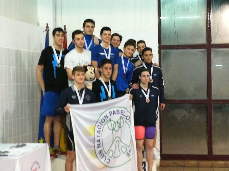 última jornada del campoenato gallego de natación, el Club Natación Pabellón Ourense, mantuvo el tipo, sextas en en junior y cuartas en infantil, mientras los chicos fueron segundos y terceros repectivamente