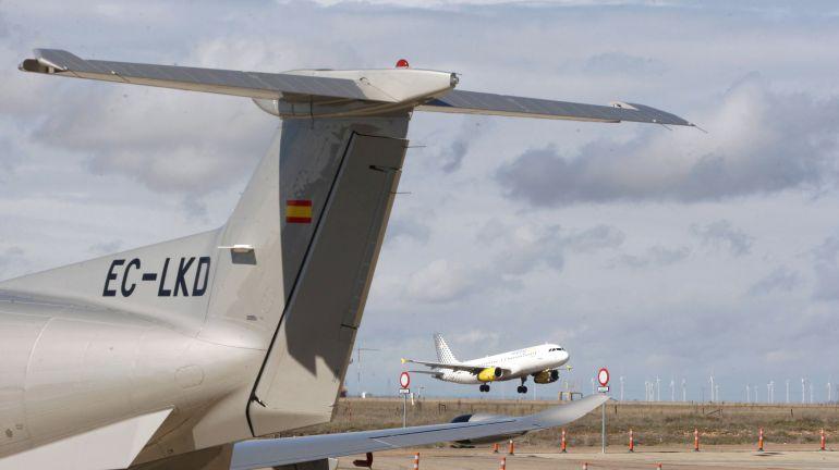 Un avión despega del aeropuerto de Valladolid