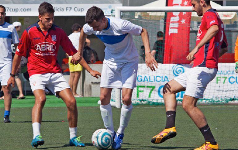 Lance de un partido de la Copa Mahou Galicia F7 Cup del pasado año.