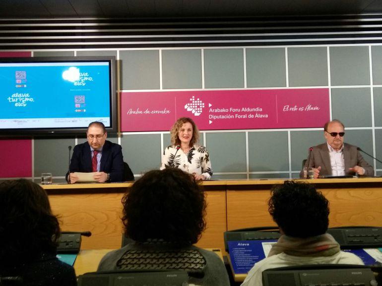 La Diputación lanza un mapa de Álava en braille con información interactiva para invidentes