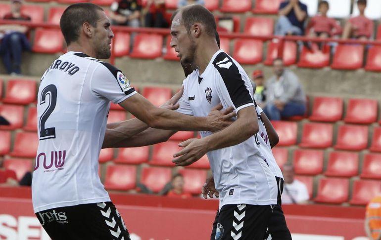Zozulia tienes pocas opciones de jugar en Sevilla