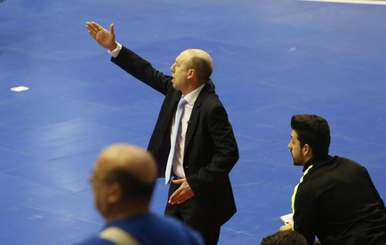 Santi Valladares se mostró decepcionado con el rendimiento de algunos jugadores en el partido ante ElPozo