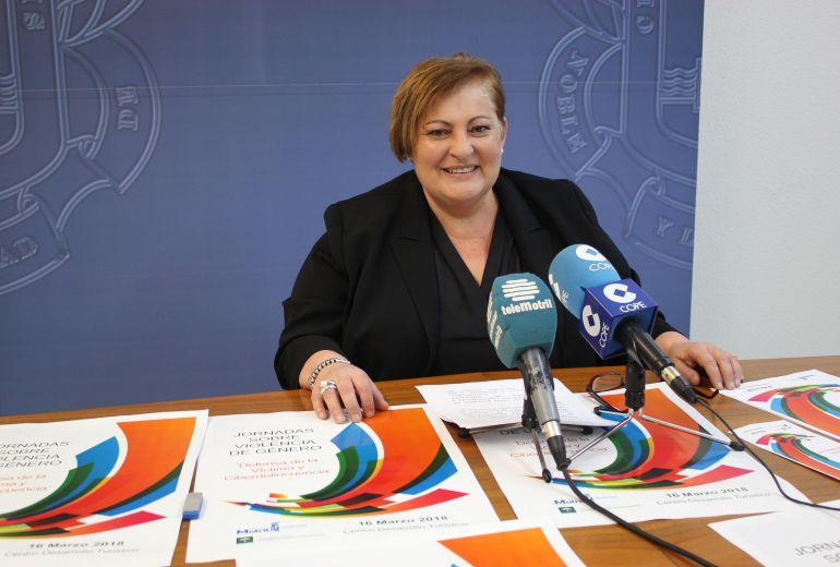 Susana Feixas, concejala de Igualdad presenta las Jornadas sobre violencia de género y Ciberacoso