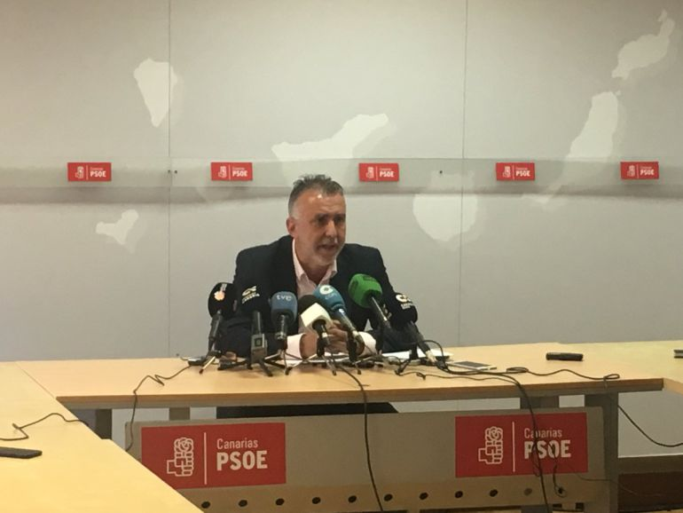 El PSOE rompe los acuerdos con PP y CC si quitan a Ibarra