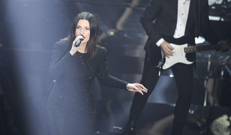 Laura Pausini ha alcanzado lo más alto de las listas italianas y españolas desde hace un cuarto de siglo