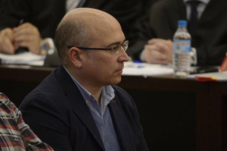 De Miguel guardó en su ordenador de la Diputación el correo donde reclamó a Alberdi la supuesta comisión