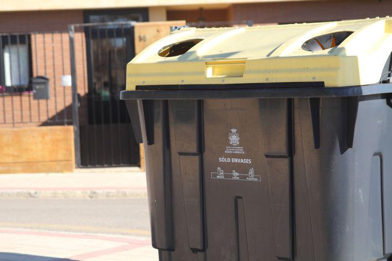 El contenedor amarillo no admite todo tipo de plástico, sino sólo envases