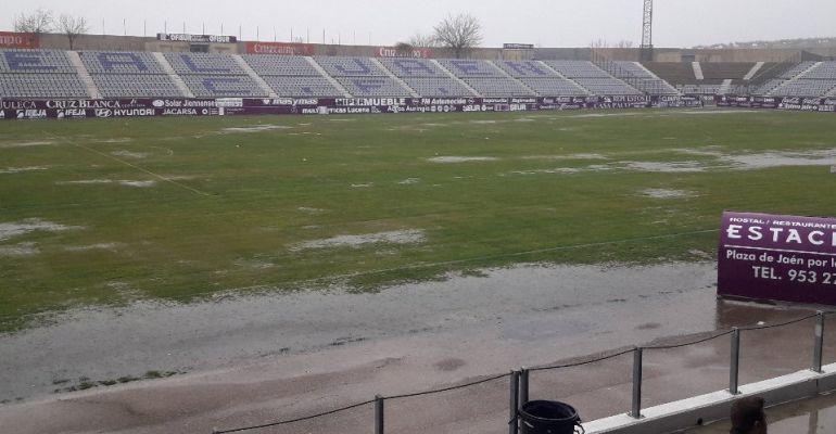 Estado del Estadio de La Victoria el pasado domingo, día en el que se suspendió el Real Jaén-Motril que debía disputarse.