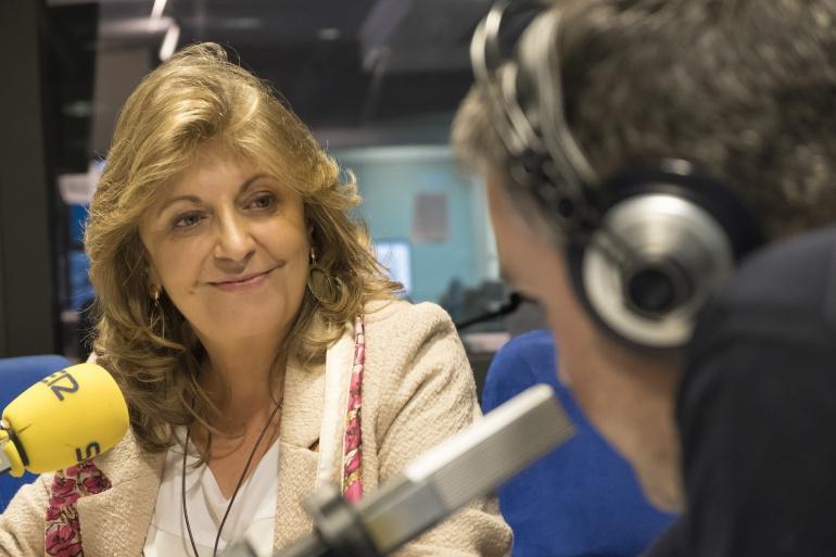 Engracia Hidalgo durante una entrevista con Javier Casal en La Ventana de Madrid