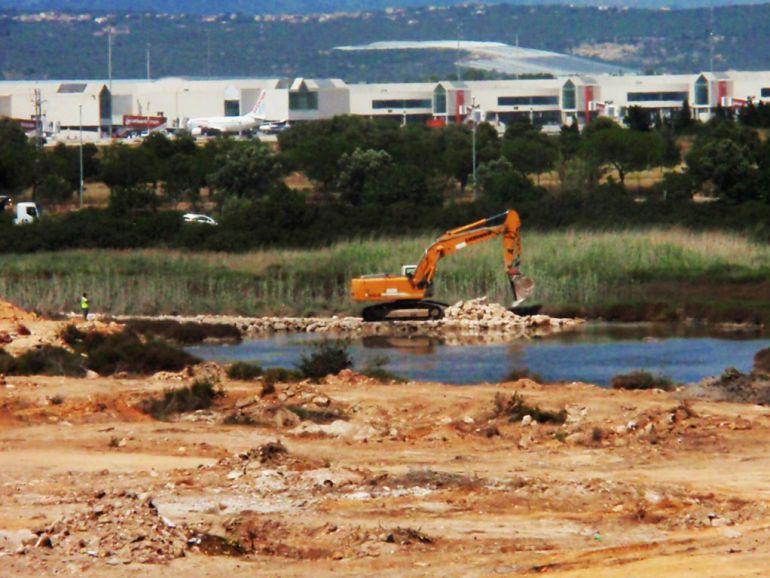 PIMECO le pide al Consell que mantenga la moratoria de grandes superfícices
