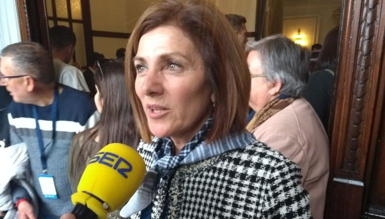 La concejala de Sanidad y Consumo, Maite Girau, en una entrevista en Hora 14