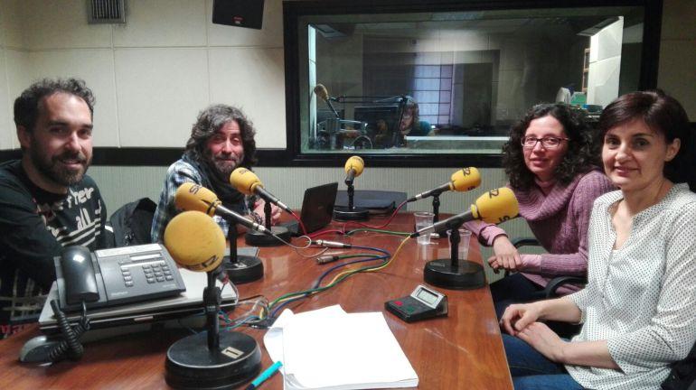 Chema Mezquita, Teo Nieto, Rocío Caballero y Paz Romo en los estudios de Radio Zamora