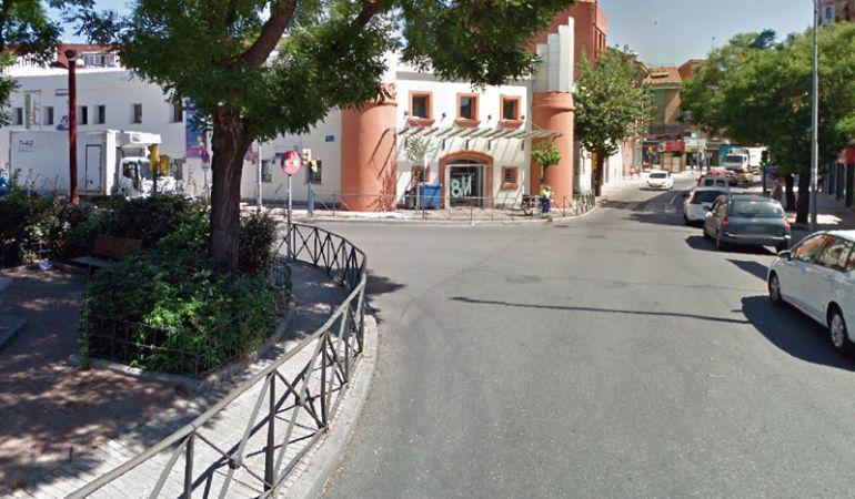 El coche se encontraba parado en un calle céntrica de Fuenlabrada.