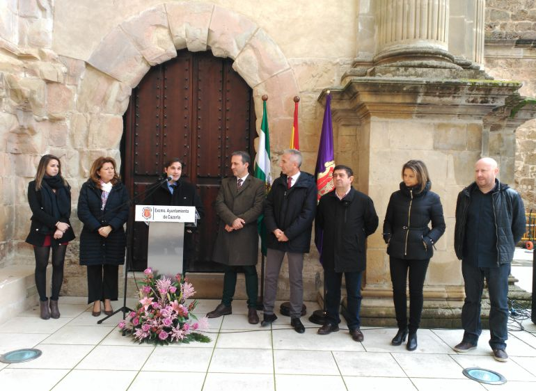 El arquitecto Jesús Estepa explica su trabajo hasta llegar a la reconstrucción total de la iglesia de Santa María de Cazorla