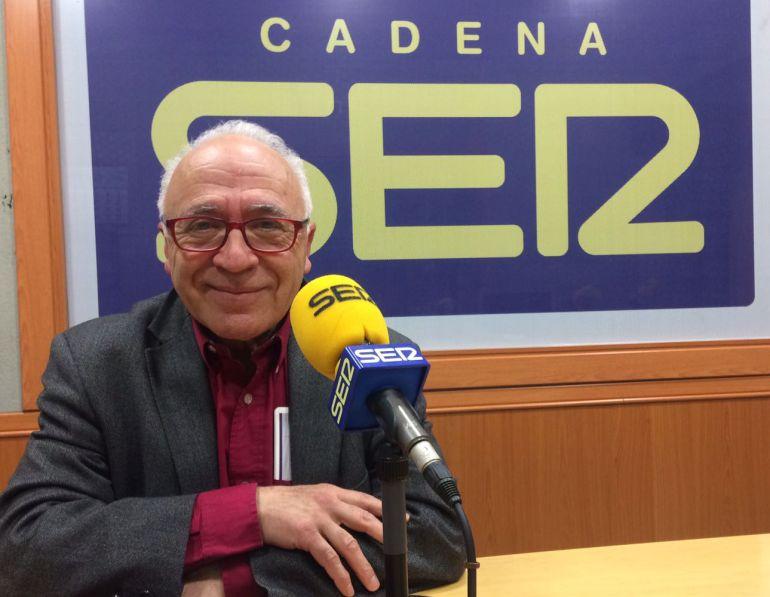 Juan José Tamayo durante la entrevista en Radio Córdoba