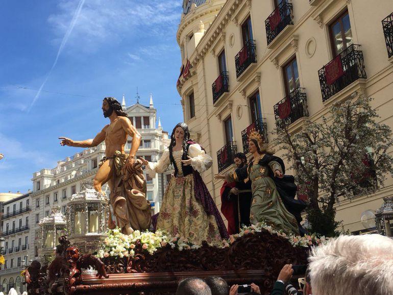 La presentación del misterio de Regina Mundi deslumbra en el Domingo de Resurrección