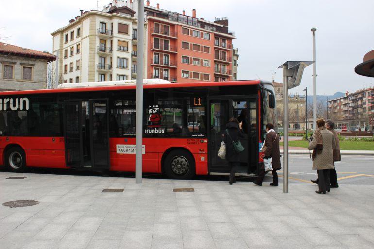 Irun es la primera ciudad de Euskadi en ofrecer las paradas a demanda