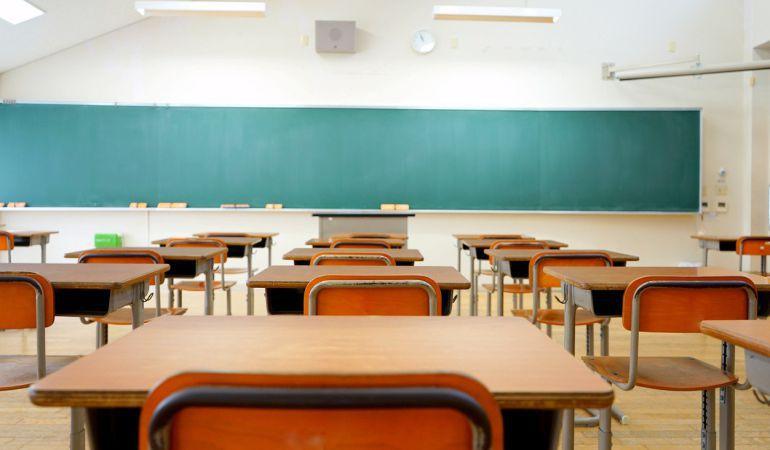 El amianto persiste en 23 colegios canarios