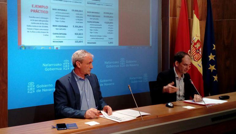 El consejero de Hacienda y Política Financiera del Ejecutivo foral, Mikel Aranburu, y el director gerente de Hacienda Tributaria de Navarra, Luis Esain
