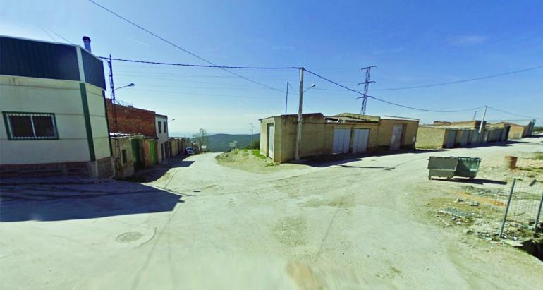 Las 22 propiedades forzadas están situadas en la zona de Cuatro Vientos, junto a la salida al campo por varios caminos agrícolas