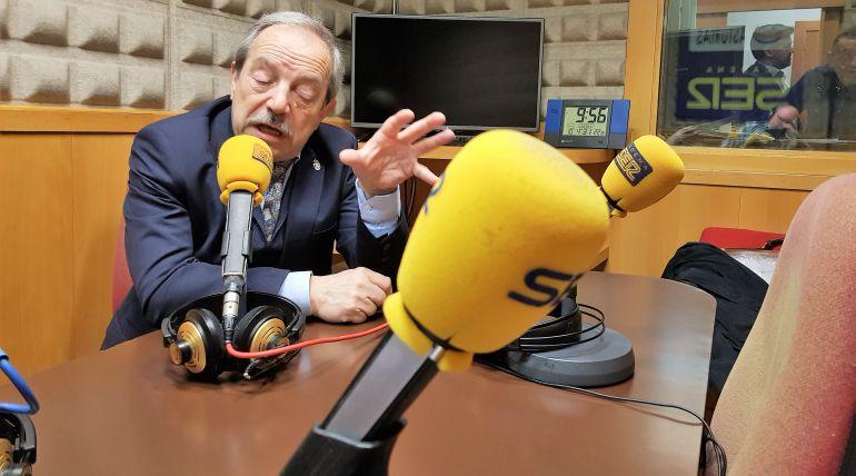 El alcalde de Oviedo, en los estudios de Radio Asturias- SER