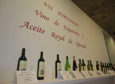 Las jornadas sirvieron para exponer las variedades de vino de esparteña que se producen en Quesada