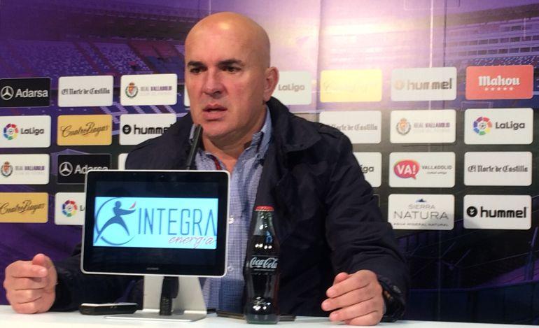 Real Valladolid Luis César cese: Luis César, cesado como entrenador del Real Valladolid
