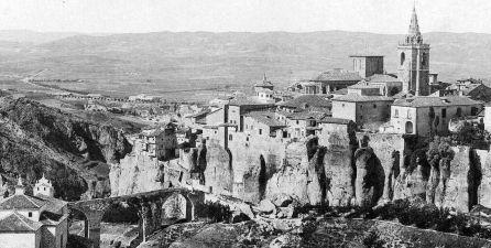 Paisaje de Cuenca con la torre de la catedral a la derecha en la segunda mitad del siglo XIX.