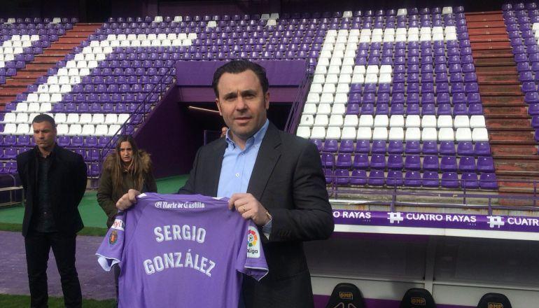 Sergio González, presentado y esperando al Sporting