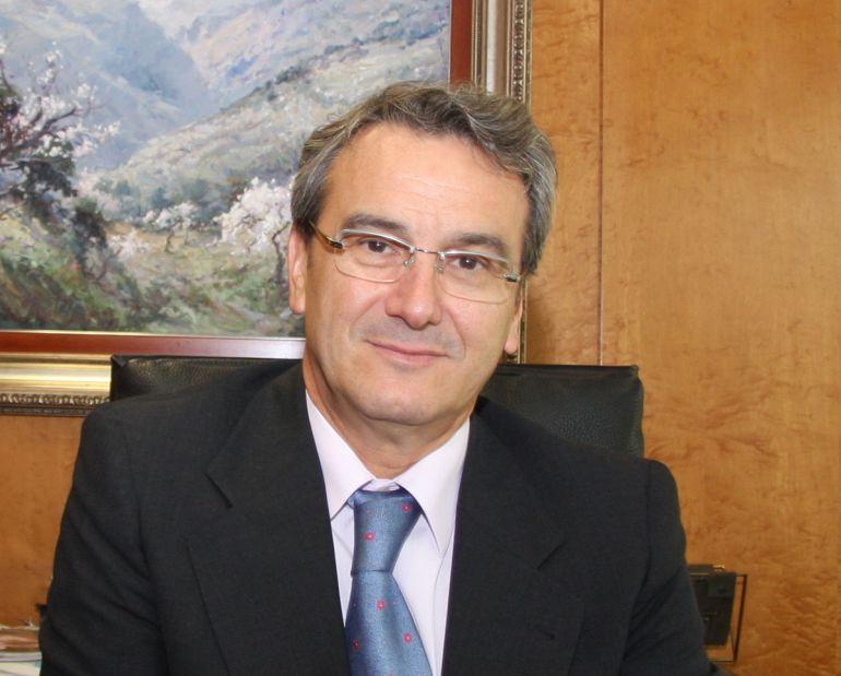 Antonio León, presidente de Caja Rural de Granada