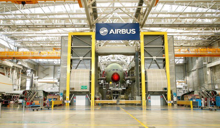 Uno de los hangares de Airbus