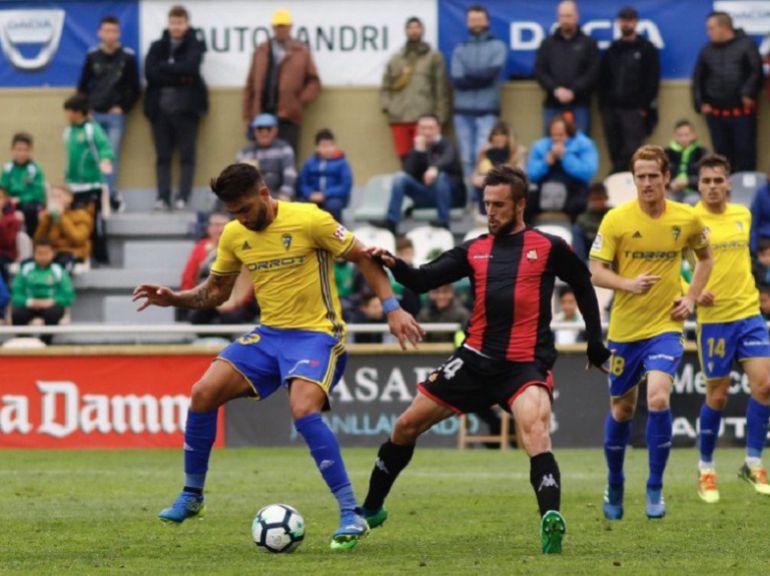 El Cádiz se frena en Reus