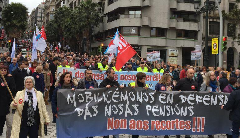 Más de 5000 personas se manifiestan por unas pensiones dignas