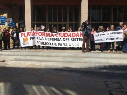 Los pensionistas piden apoyo al Ayuntamiento
