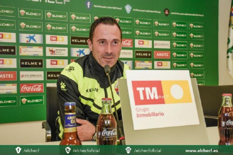 David Bascuñana deja de ser entrenador del Ilicitano